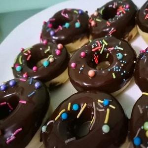 Donuts de chocolate en freidora airfree